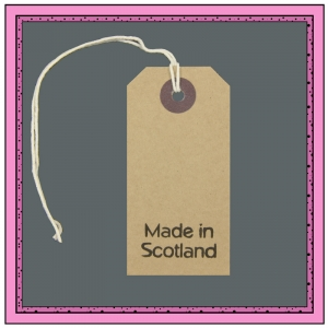 Buff Gift Tags MADE in SCOTLAND in Black 82mm x 41mm - Pack 10