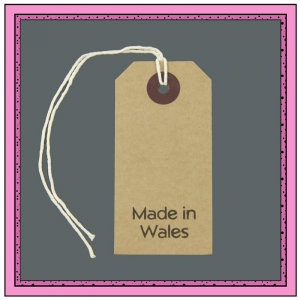 Buff Gift Tags MADE in WALES in Black 82mm x 41mm - Pack 10